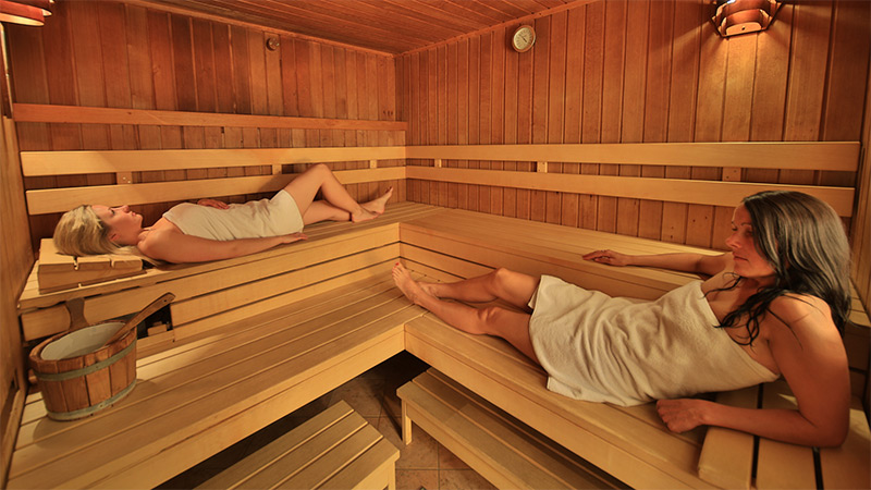 wellness im hotel gasthof unterw ger in obertilliach. Black Bedroom Furniture Sets. Home Design Ideas